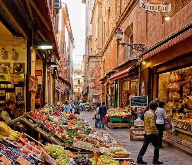 Mercato di Mezzo in Bologna