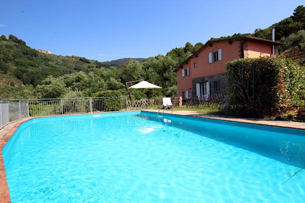 farmhouse with pool - Tuscany