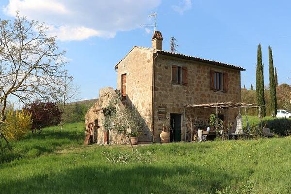 farmhouse in Orvieto