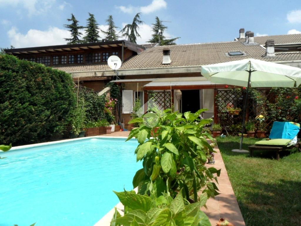 Bright house with pool – Pasturana, Piedmont