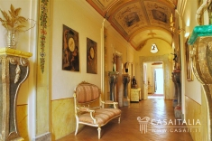 9 bedroom historic house, 1060 m²