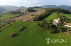 House for sale in ARCEVIA (AN)