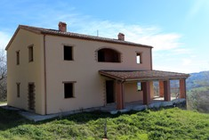 House for sale in TOLENTINO (MC)