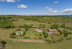6 bedroom country house, 370 m²