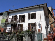 House for sale in MOMBERCELLI (AT)