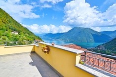 Self-contained apartment for sale in ARGEGNO (CO)