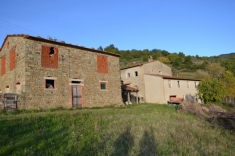 House for sale in SUBBIANO (AR)