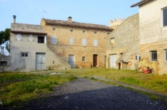 House for sale in RAPAGNANO (FM)