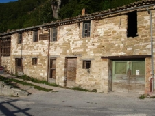 House for sale in SASSOFERRATO (AN)