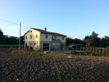 House for sale in FERMO (FM)