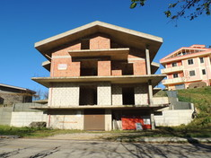House for sale in SILVI (TE)