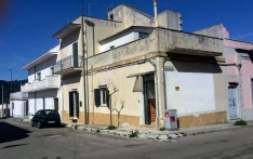 House for sale in SUPERSANO (LE)
