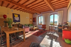 Historic apartment for sale in COLLE DI VAL D'ELSA (SI)