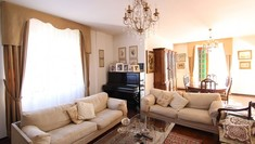 5 bedroom semi-detached house, 250 m²