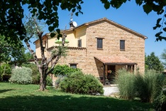 House for sale in COLMURANO (MC)