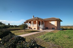 Villa for sale in MONTALTO DI CASTRO (VT)