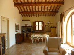 Country house for sale in MANCIANO (GR)