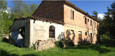 Country house for sale in MOMBAROCCIO (PU)
