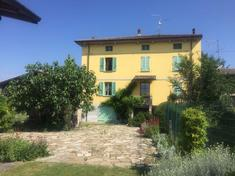 Country house for sale in AGAZZANO (PC)