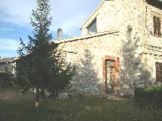 Detached house for sale in CAMERINO (MC)
